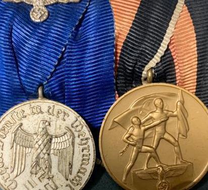 Alemania, iii reich, pareja de medallas originales