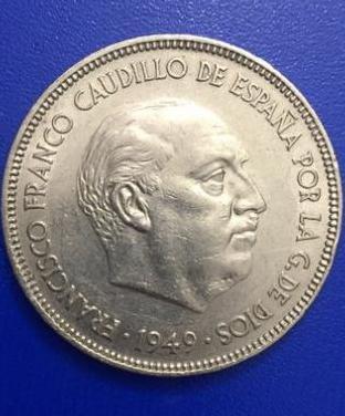 Cinco pesetas de 1949.