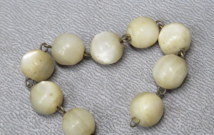 Cuentas de rosario de nacar. siglo xix