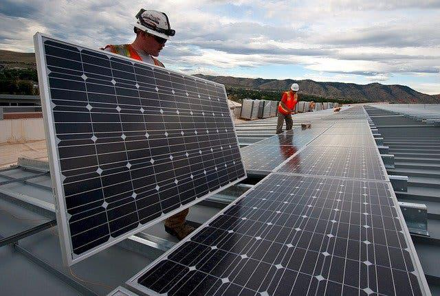 Estudio fotovoltaica completamente gratuito
