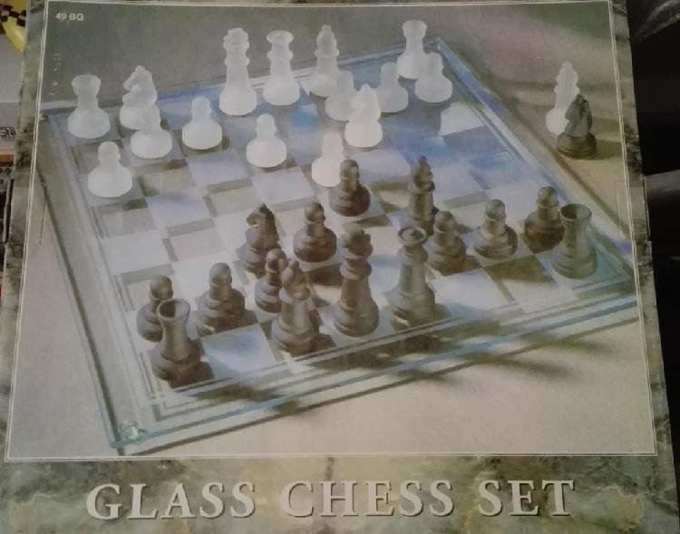 Juego ajedrez de cristal - 35,5x35,5 cm