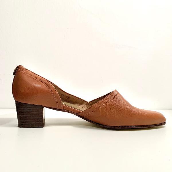 Zapato de piel vintage