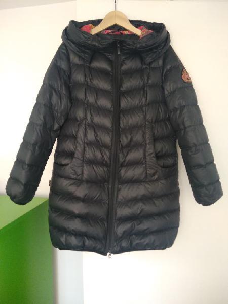 Abrigo negro de pluma buena calidad,talla38mujer