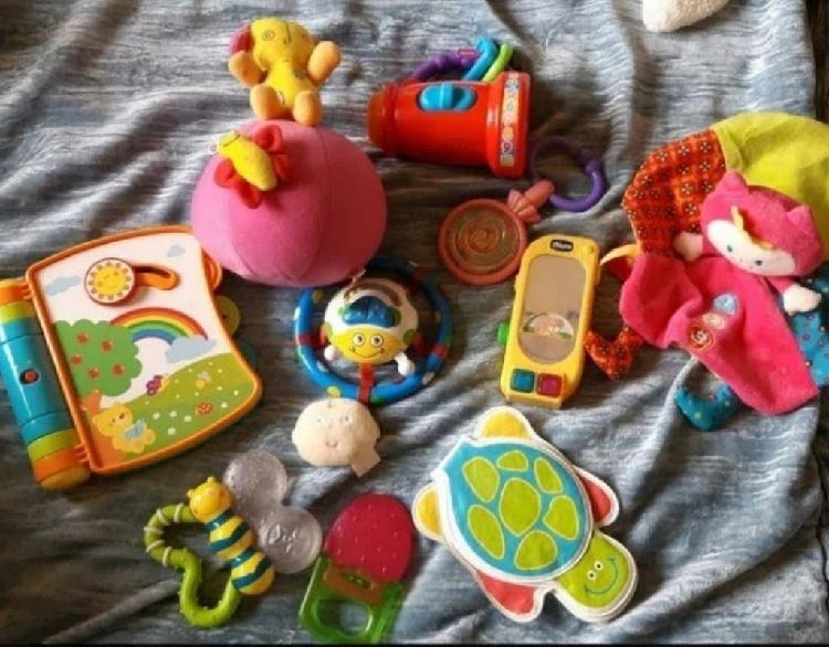 Lote juguetes bebe n°1