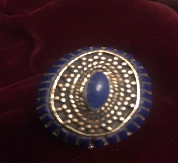 Anillo de plata tibetana montada con lapislázuli y