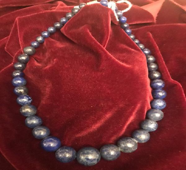 Collar de lapislázuli