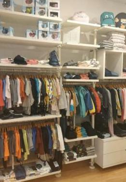 Mobiliario tienda moda