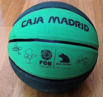 Pelota Basket conmemo. Mundial 2006 con firmas