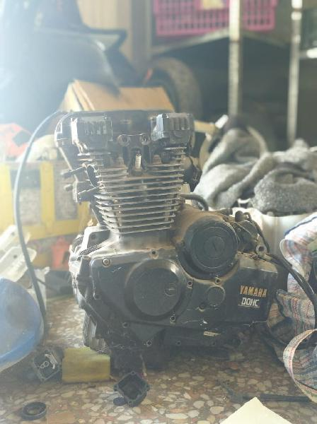 Motor yamaha 400 dohc
