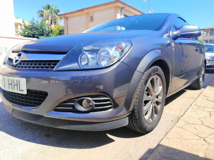 Opel astra h gtc 111 years