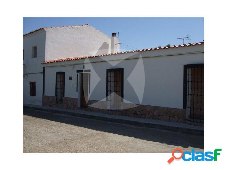 Casa reformada en venta en santo domingo de olivenza