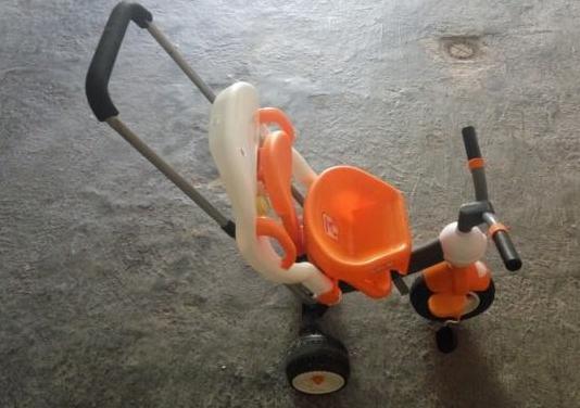 Triciclo bebé/niño