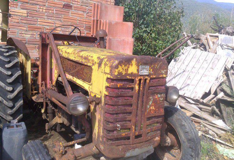 Venta de Tractor International S.A.C.A Sevilla en Lleida
