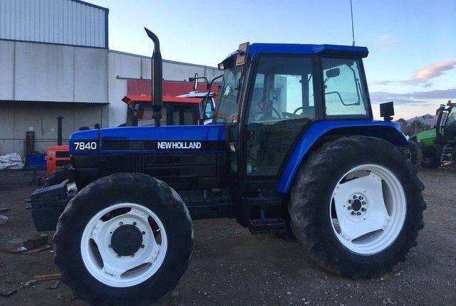 Venta de Tractor New Holland 7840 en Murcia