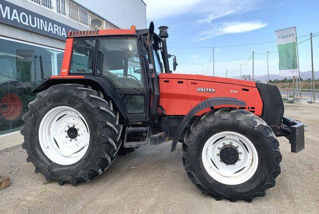 Venta de Tractor Valtra 8550 HI-TECH en Murcia
