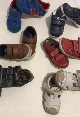 Lote calzado infantil. 6 pares. talla 22