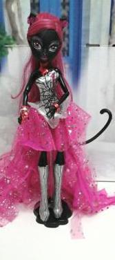 Muñeca catty noir
