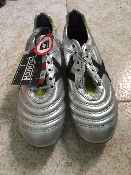 Botas de fútbol múnich (4 pares)
