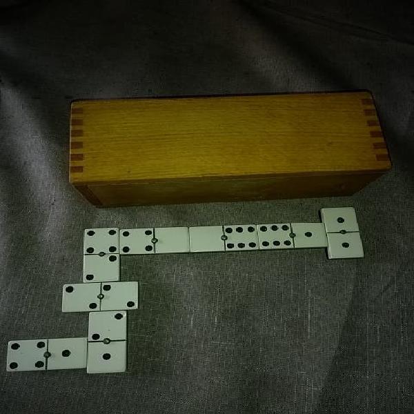 Domino años 60