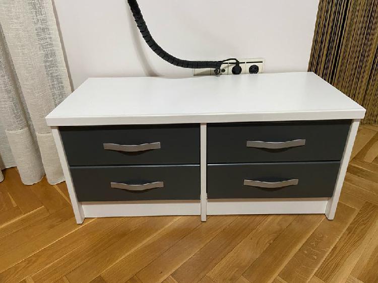 Mueble auxiliar con 4 cajones