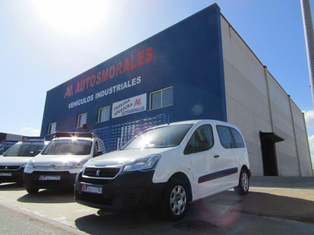 Peugeot partner 2017 combi