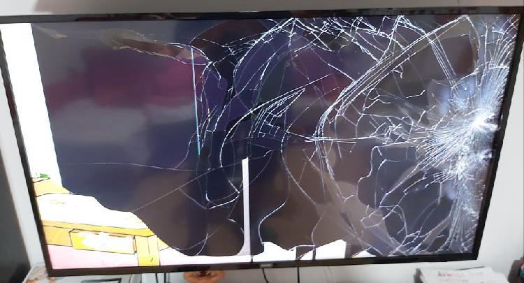 Tv philips led 4k smart tv para repuestos o repara