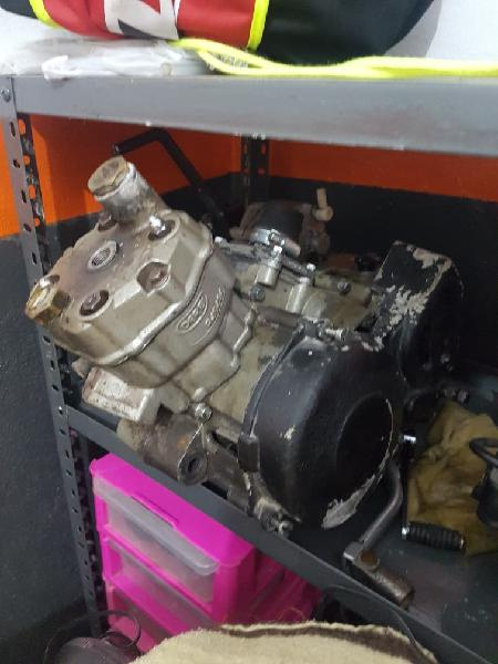 Motor derbi e2
