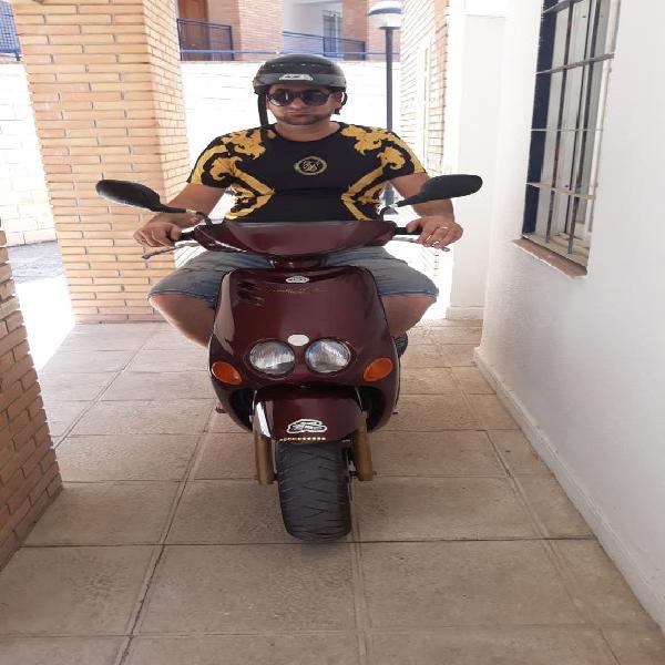 Vendo moto yamaha neos 50