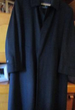 Abrigo nuevo burberry, largo y auténtico
