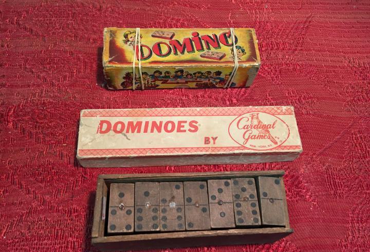 Antiguos 3 juegos de dominó en madera años 20-30-40