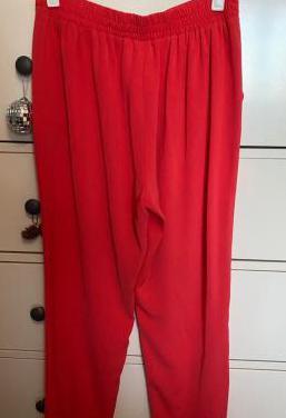 Pantalón color coral
