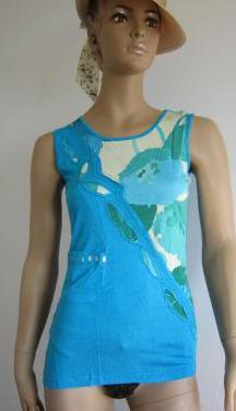Ropa de mujer -camiseta estampada ajustada