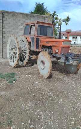 Venta de Tractor con ruedas de hierro Fiat 1000 Super en