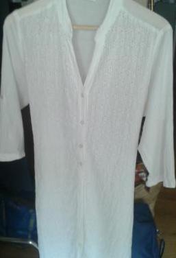 Vestido blanco 100% algodón. tipo camisero
