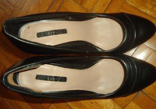 Zapatos de zara de tacón