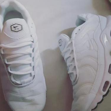 Nike airmax tn white