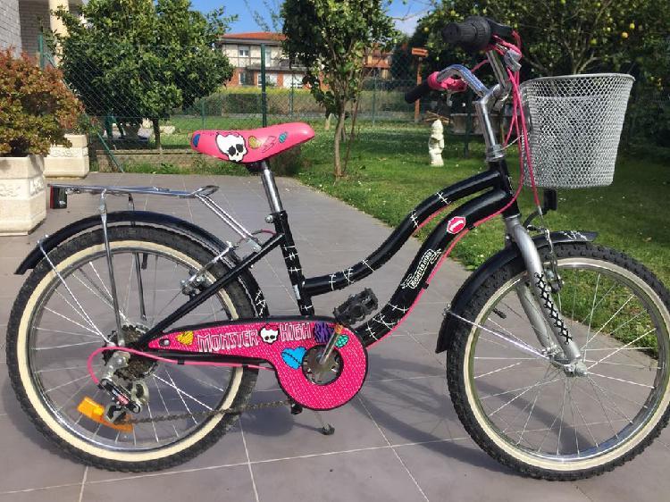 """Bicicleta de niña de paseo 20"""""""