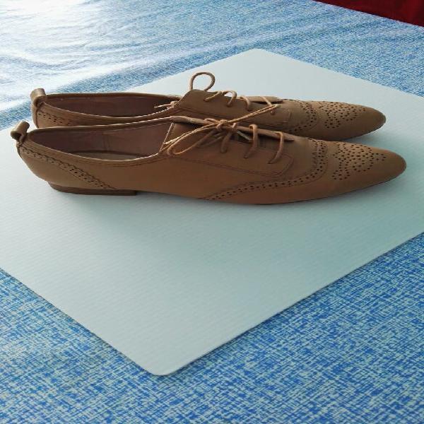 Zapatos zara número 38, impecable estado