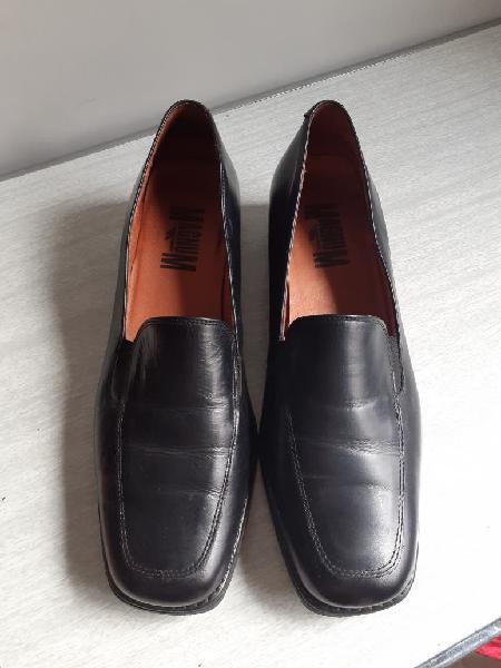 Zapatos negros (piel)
