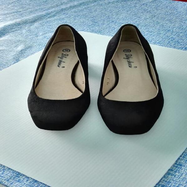 Zapatos simil ante número 38 impecable estado