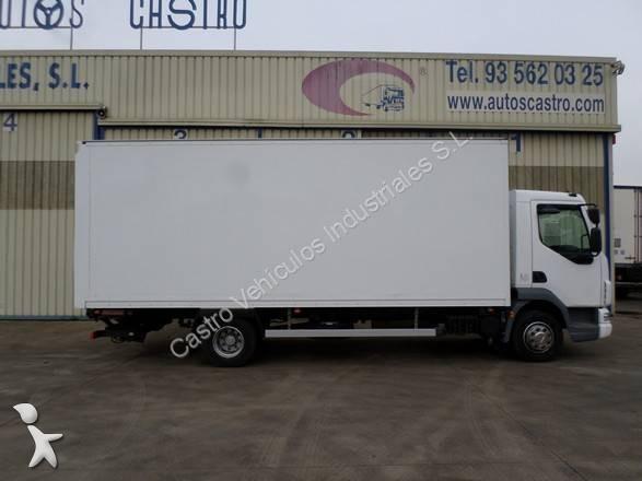 Camión DAF furgón LF45 FA 210 4x2 Diesel Euro 5 rampa