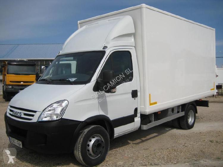 Camión Iveco furgón Daily 65C15 4x2 Diesel Euro 4 usado
