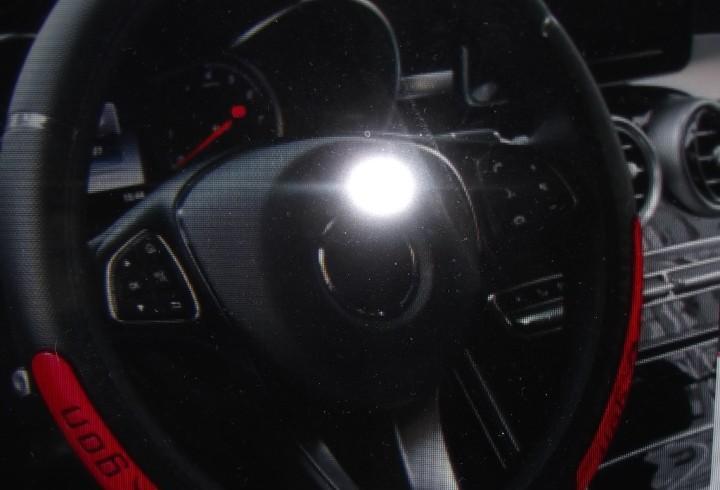 Funda de volante nueva de color rojo