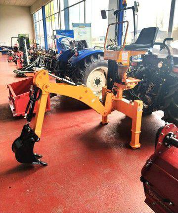 Venta de Retroexcavadora para tractor Backhoe BK 145 en