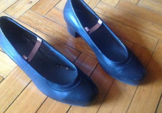 Zapatos piel de baile español