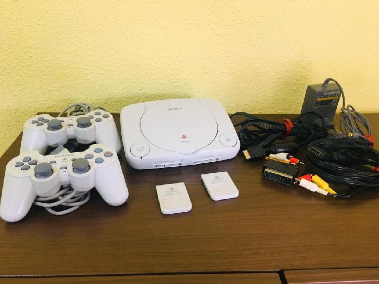 Consola ps one play station excelente estado.