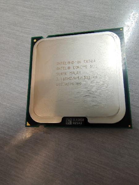Intel core 2 duo e8500 3 + disipador