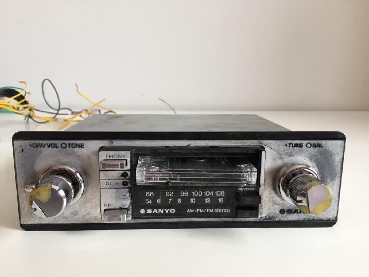 Radio coche vintage sanyo