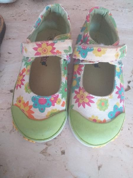 Lote calzado niña primavera verano num26