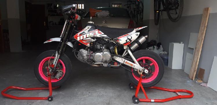 Pit bike imr + calentadores + caballete